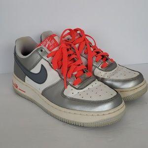 Womens Nike Air Tennis Shoe
